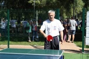 член ЕР Андрей Абертасов защищает честь Южного округа в настольном теннисе (Абертасов из Москворечье-Сабурово)