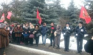 Молодежная палата района Бирюлево Восточное приняла участие в возложении цветов к памятнику воинам-афганцам