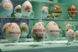 Выставка фарфоровых яиц «Пасхальный подарок» в Коломенском