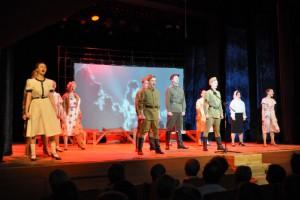 Литературно- музыкальное мероприятие ко Дню Победы «Звезда Победы» в Московском областном театре юного зрителя