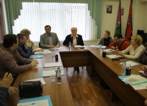 На заседании муниципальных депутатов для учета предложений граждан по проекту решения была создана рабочая группа