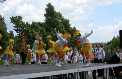 Фестиваль «Пускай смеются дети» прошел в музее-заповеднике «Царицыно»