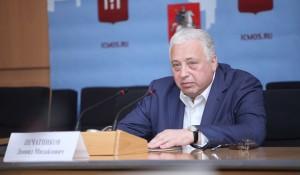 Заместитель Мэра Москвы по вопросам социального развития Леонид Печатников