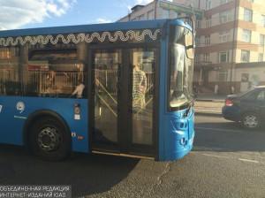 """Автобус №901 сможет высаживать пассажиров возле метро """"Кантемировская"""""""
