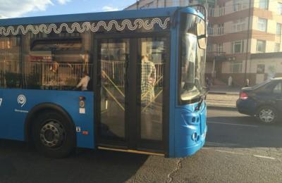 Автобус №901 сможет высаживать пассажиров возле метро «Кантемировская»