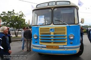 Парад ретро-автобусов в Москве