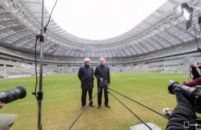 Сергей Собянин осмотрел ход реконструкции стадиона «Лужники»