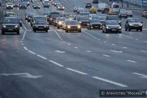 На столичных дорогах появились дополнительные полосы за счет изменения разметки