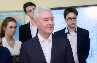 Москвы Сергей Собянин заявил, что в ближайшие 5 лет школы Москвы будут оснащены современной IT-инфраструктурой.