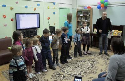 Встреча с писателем Валентином Постниковым в районе Бирюлево Восточное