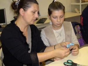 Мастер-класс по изготовлению сувенира из пряжи «Кукла в подарок» в библиотеке №140