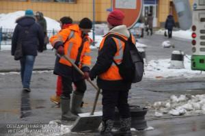 По просьбе местных жителей в районе Бирюлево Восточное провели уборку двора
