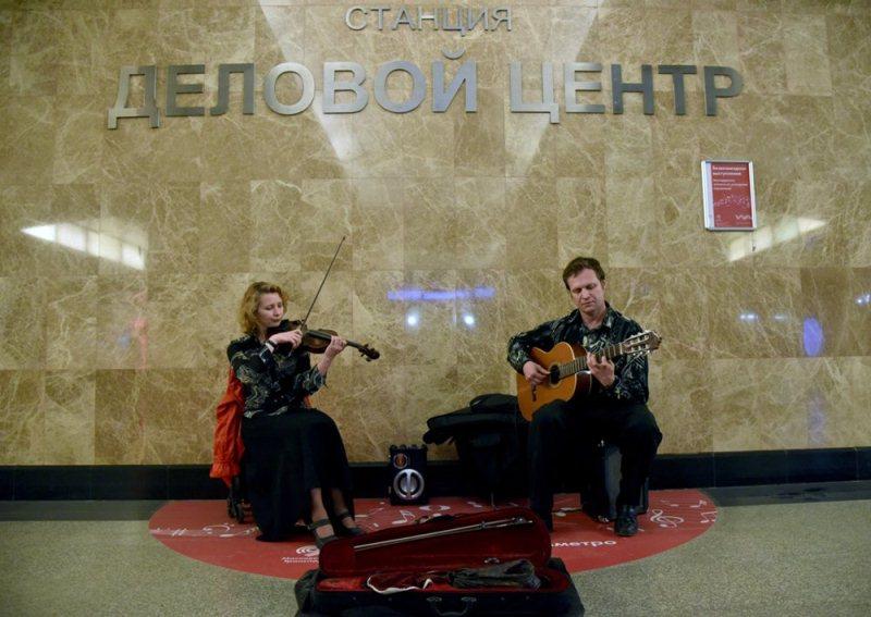 Музыканты начнут выступления вмосковском метро с27марта