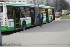 В районе Бирюлево Восточное перенесут две автобусные остановки