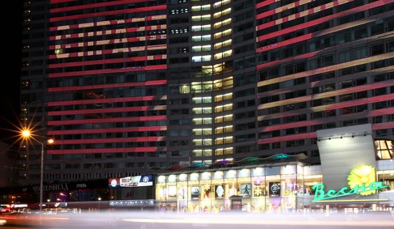Практически 900 автобусов частных перевозчиков тематически оформят коДню Победы в столице