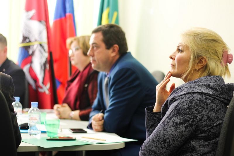 Кирилл Канаев на заседании Совета депутатов