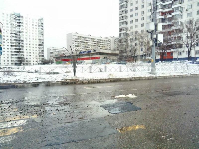 Яму отремонтировали на Липецкой улице