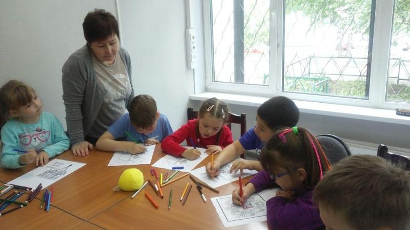 Детсадовцы в библиотеке 142
