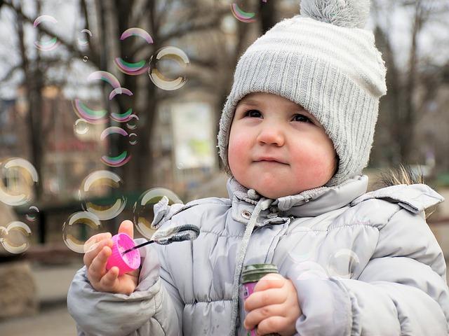 мыльные пузыри, ребенок, пиксибэй kid-1241833_640