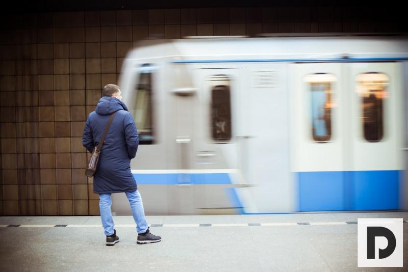 метро, поезд, пассажир, 0508 (53)