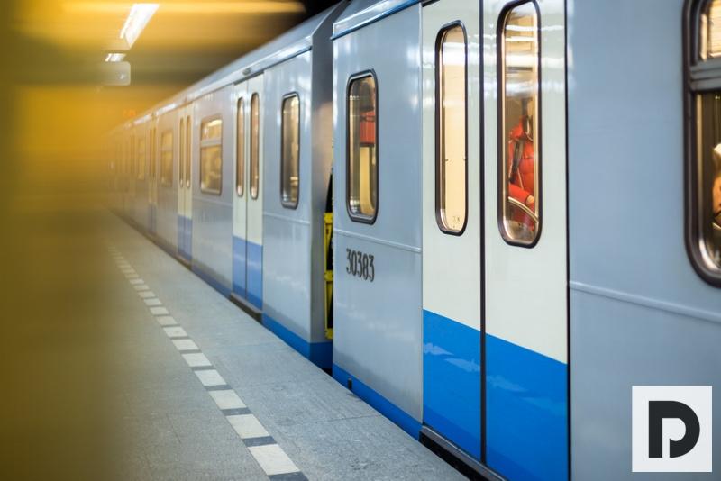 метро, поезд, пассажир, 0508 (54)