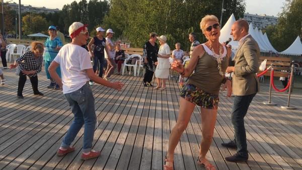 БВ, фестиваль соц инициатив, Садовники, долголетие, Бугаева, 1309 (37)