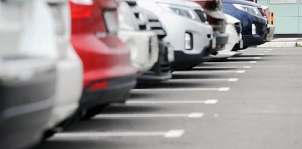 парковка-машины-мосру-2106-600x296