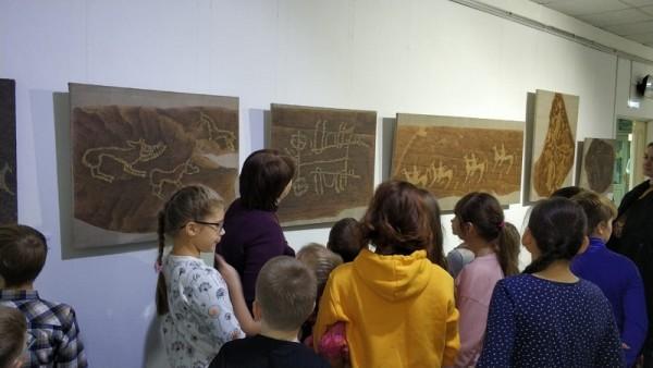 Галерея Загорье, выставка, наскальные рисунки, 1911 (44)