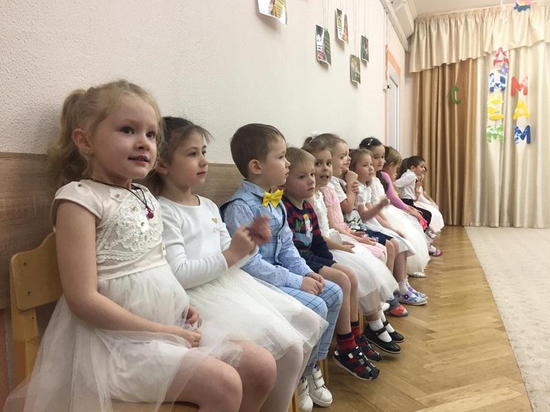 Жанна Стадник, детский сад, школа 508, день мам, 2911 (8)
